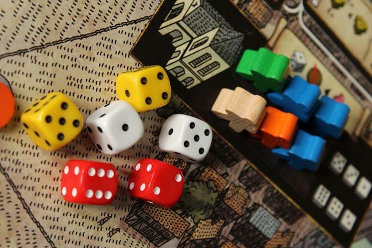 بردگیم، بازی رومیزی