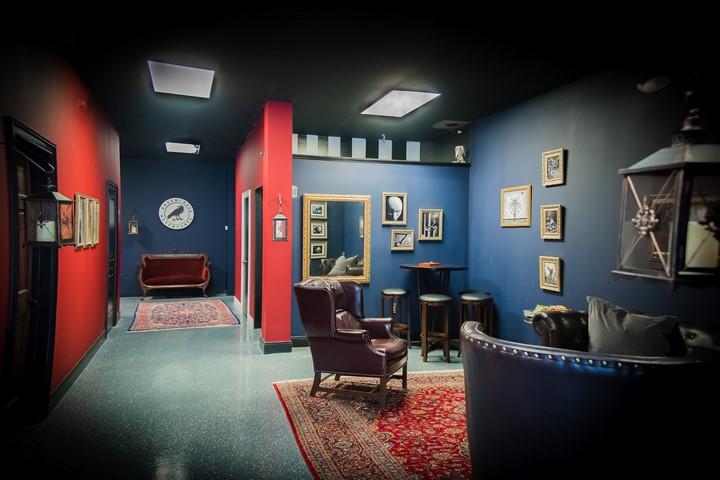 نشان دادن رنگها و فضاهای خاص اتاق فرار